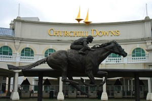 800px-Churchill_Downs_Entrance_Barbaro_Statue - Copy